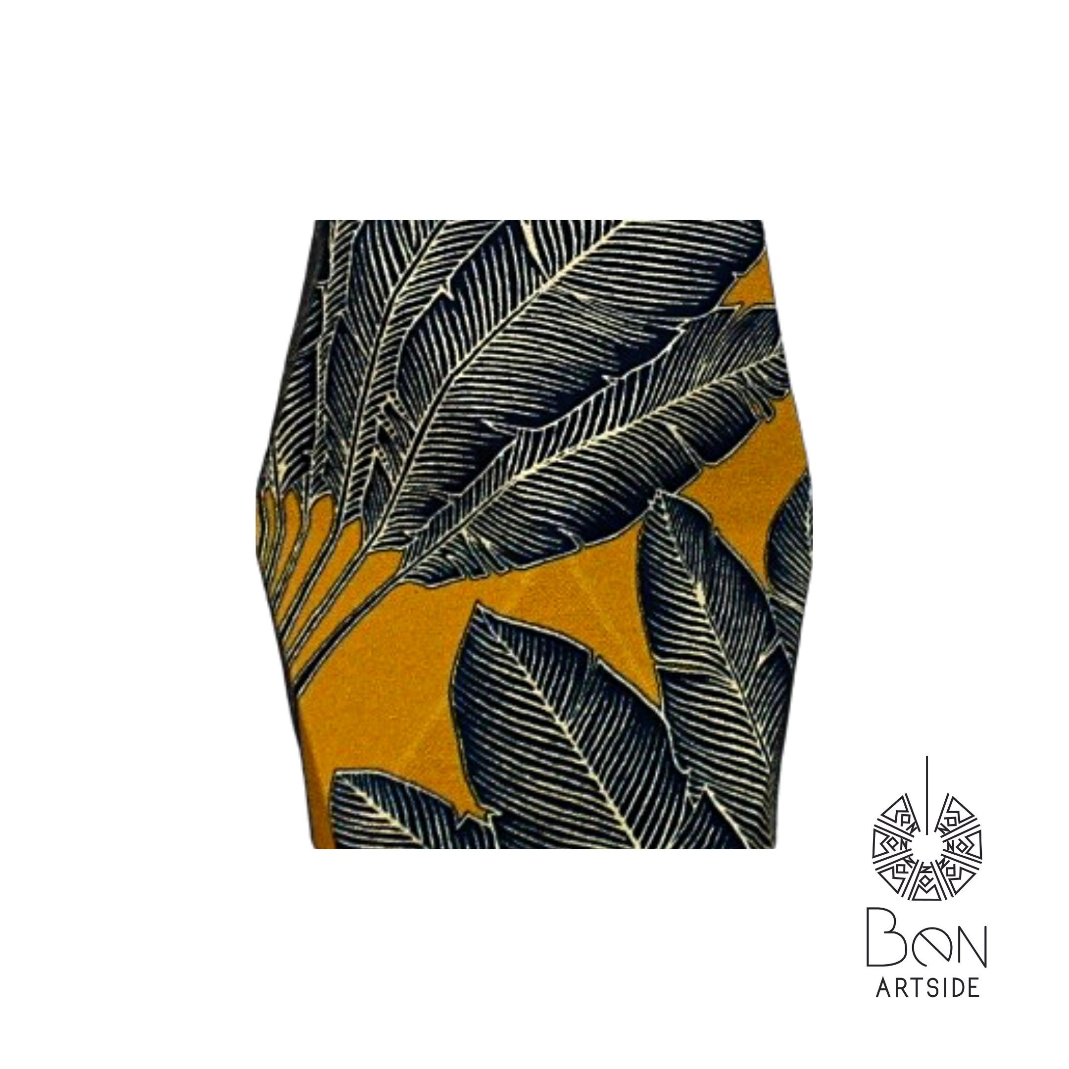 F Tissu Noire motif feuille Jaune moutard